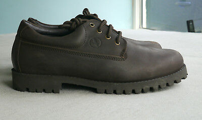 Mens Aigle Chunky Quality Brown Oiled Leather Laceup Shoes - size 9