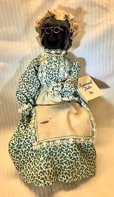 "Vintage Apple Head Black Folk Art Doll w/Tag by Lucy Smith CA 9""sitting"