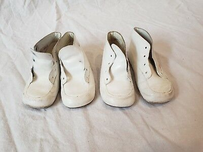 """VTG x2 Pair White Baby Shoes Leather Mrs. Days Ideal Crib Shoes 5"""""""