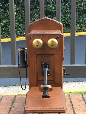 Vintage Old Country Kitchen Crank Style Wall Telephone Radio