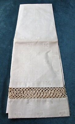 Nubby Linen Towel Tatted Insets Fleur de Lis Pattern Never Used?