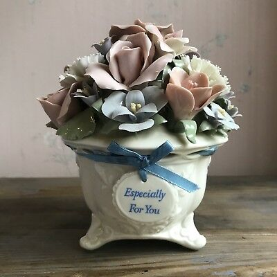 San Francisco Music Box Anna Rose You Light Up My Life Roses Flowers Bouquet
