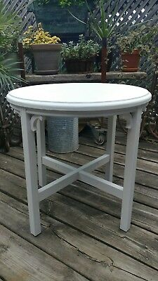 Small Round Occasional Table *Vintage*