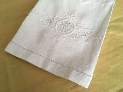 Antique 100% Pure Linen Embroidered Bath Towel - 132 x 66cm - Made in France (C)