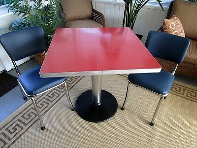 VINTAGE RETRO FORMICA CHROME DINER PEDESTAL TABLE with 2 CHAIRS