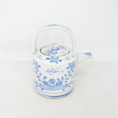F755: Japanese kettle for SAKE of old SETO blue-and-white porcelain with phoenix
