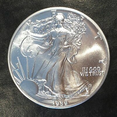 1989 Uncirculated American Silver Eagle US Mint Issue 1oz Pure Silver #G063