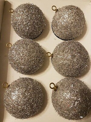 Vtg 6x Pyramid SILVER TINSEL Round Plastic CHRISTMAS BALL ORNAMENTS Unbreakable
