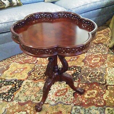 Henredon Natchez Collection Tea Table Mahogany