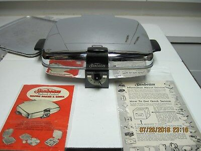 Stunning Vintage Sunbeam Model CG Waffle Iron With Grilling Plates & Books