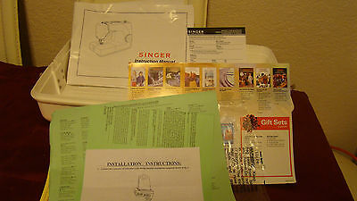 Singer 1507 Sewing Machine With cover & owner's manual