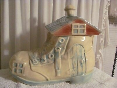 "Cookie Jar  Rare Vintage  1950's  McCoy   ""Old Woman's Shoe"""