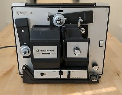 Vintage BELL & HOWELL 481-A Super 8mm Movie Film Projector Autoload MOTOR RUNS!