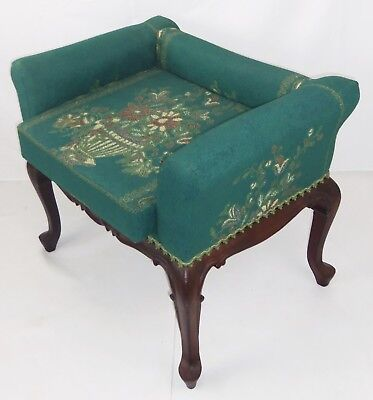 Unique Antique Spanish Lounge Chair 'Duque Verde' In Embroidered Tapestry Fabric