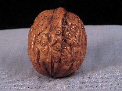 Lovely Antique Vintage Chinese Hediao Hand Carved 1000 Faces Monks Walnut Nut