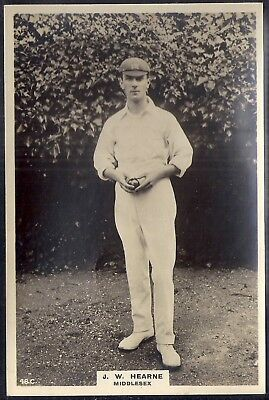 PINNACE CRICKET PREMIUM ISSUE (PF180 154mm x 113mm)-#048- MIDDLESEX - HEARNE
