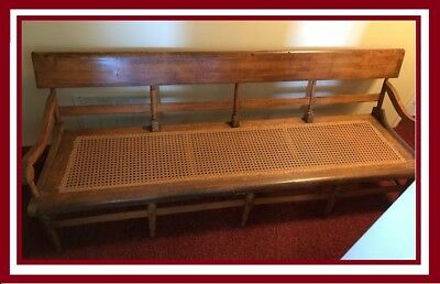 Vintage, Antique Deacon's Bench, Beautiful Condtion.  Hand Crafted Nice Piece