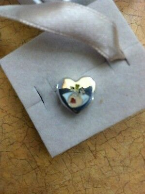 NEW  IN BOX Disney Villains PANDORA  Charm QUEEN OF HEARTS Newly Released