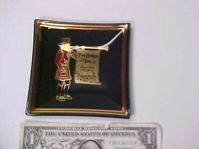 vintage glass Tip/Pin Tray with Beefeater- Two Bridges Inn Lincoln Park NJ