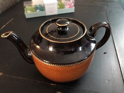 Vintage/antique Gibson's teapot, Made In England, Gold Leafed