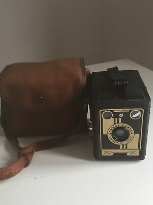 Conway Synchronised Model Camera(09/185)