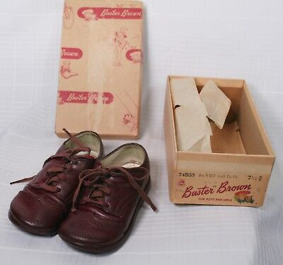 Vintage BUSTER BROWN Children's Brown Shoes Yale Scuff Tip Ox 7 1/2 - in Box