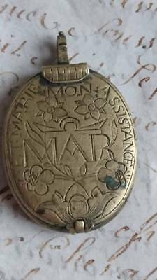RARE ANTIQUE FRENCH 17th CENTURY RELIQUARY LOCKET ORIGINAL COND - CHATEAU FIND