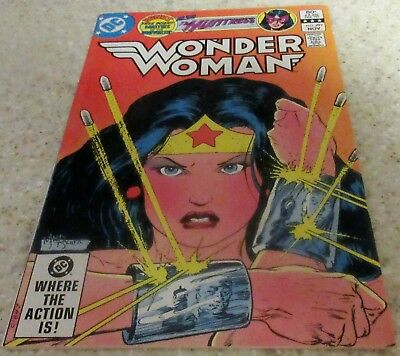 Wonder Woman 297, (NM- 9.2) 1982, 30% off Guide! The Huntress!
