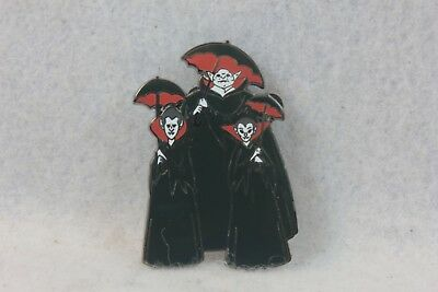 Disney Shopping Store Pin Nightmare Before Christmas NBC LE 800 Mystery Vampires