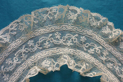 Antique Valenciennes and whitework flounced collar