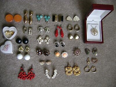 LOT OF VINTAGE COSTUME JEWELRY ANTIQUE 1940's EARRINGS RINGS BROOCH PENDANT LOTS