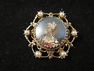 Vintage 14K Y/g Hand Painted Miniature Portrait Pin With Six Pearls