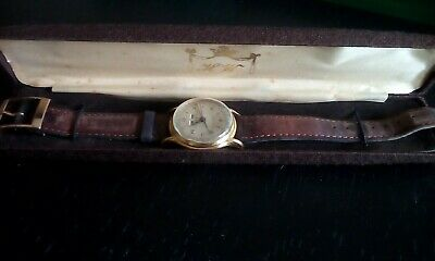 VINTAGE 1940s to 1950s LUSINA GENEVE WATCH 17JEWELS DAY,DATE, MONTHS SWISS H.W.M