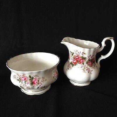 ROYAL ALBERT Fine Bone China 'Lavender Rose' CREAM & SUGAR SET