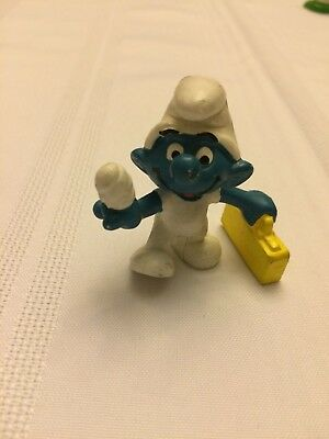 VINTAGE SMURF FIRST AID YELLOW CASE shipping is for up to 10 smurfs