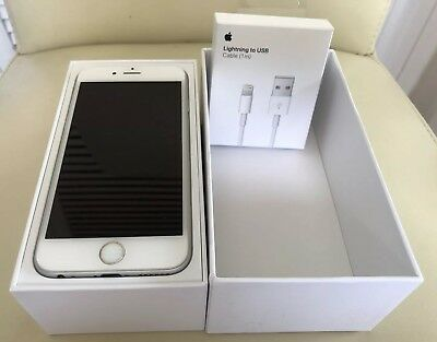 IPHONE 6 SILVER BOXED 16GB LOCKED TO EE EARPHONES, USB 2m CABLE, PLUG & 6 CASES.