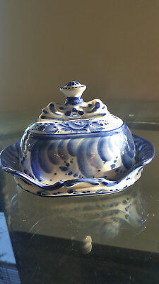Gzhel Butter Cheese dish Hand Painted in Russia Porcelain