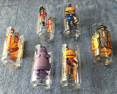 VINTAGE 1970'S  McDONALDS COLLECTOR SERIES 8 GLASSES