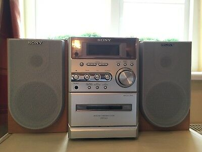Sony Cmt-Me3 Micro Hi-Fi System Radio / Cassette / Cd Player Working