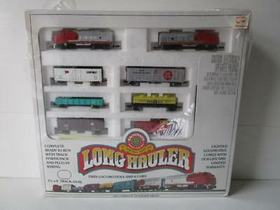 Bachmann No 4406 USA 120 V. N Gauge Long Hauler Electric Train Set - Santa FE