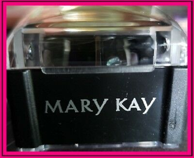 New MARY KAY® Black DUAL Sharpener with Keeper FREE SHIPPING!