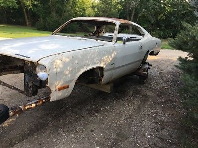 1972 Plymouth Duster  1972 Plymouth Duster