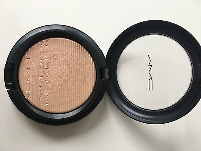 MAC Highlighter Show Gold, Extra Dimension Skinfinish