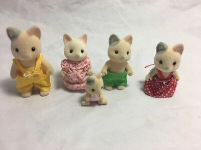 Calico Critters Sylvanian Families Cat Kitten Whiskers Family + Baby Excellent
