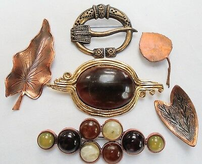 Six large vintage brooches (gold metal leaf, faux amber etc)