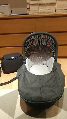 Mamas & Papas Carry Cot  for Zoom/Urbo/Sola Prams Pushchairs and bag