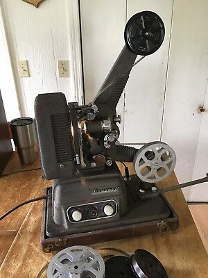 Vintage Revere S-16 Sound 16mm movie Projector With Carrying Case And Extras