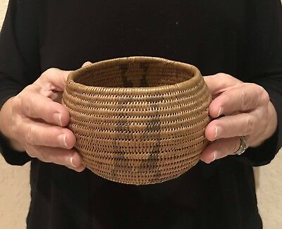Old Beautiful Native Indian Northern Paiute Basket Great Stitch Work & Design