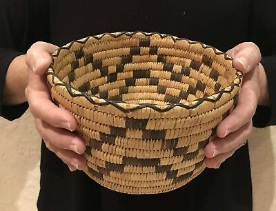 Beautiful Older Native Papago Indian Basket Bowl Geometric Design In Devils Claw