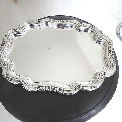 Vintage Quality Oval Shape Very Pretty Tray Salver Waiter Cast Scalloped Border